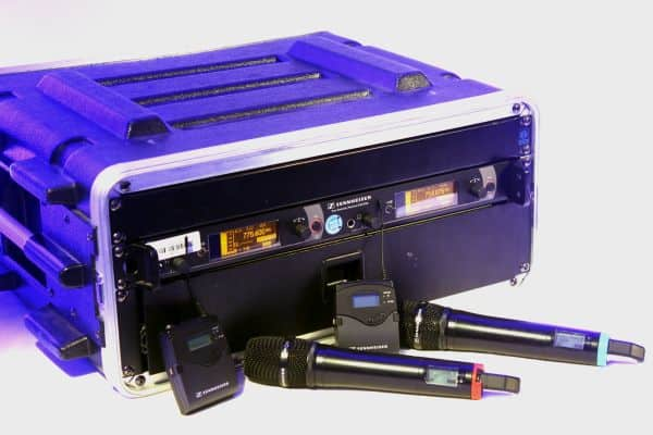 Funkmikrofon Set Sennheiser 2000er Serie Doppelempfänger EM 2050, Handsender SKM 2000, Taschensender Bodypack SK2000